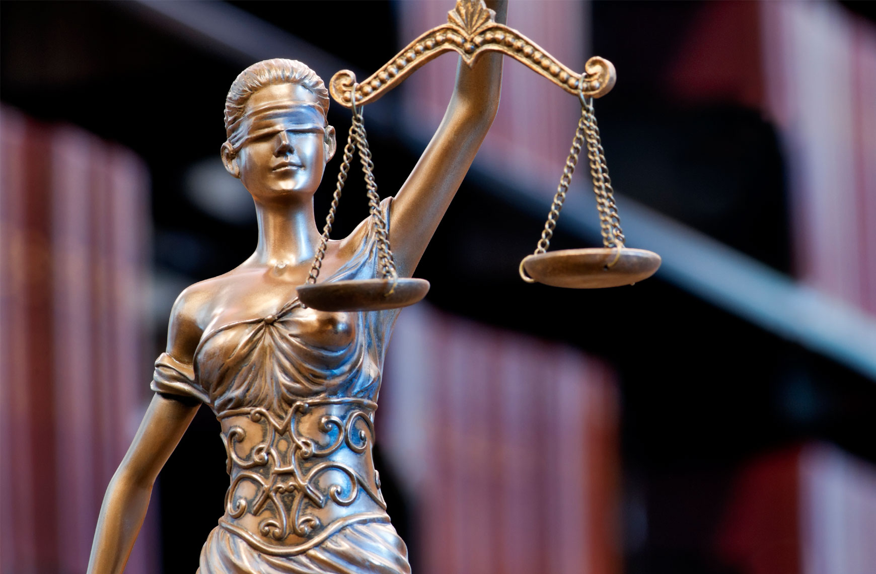 iStock_lady_justice_scales